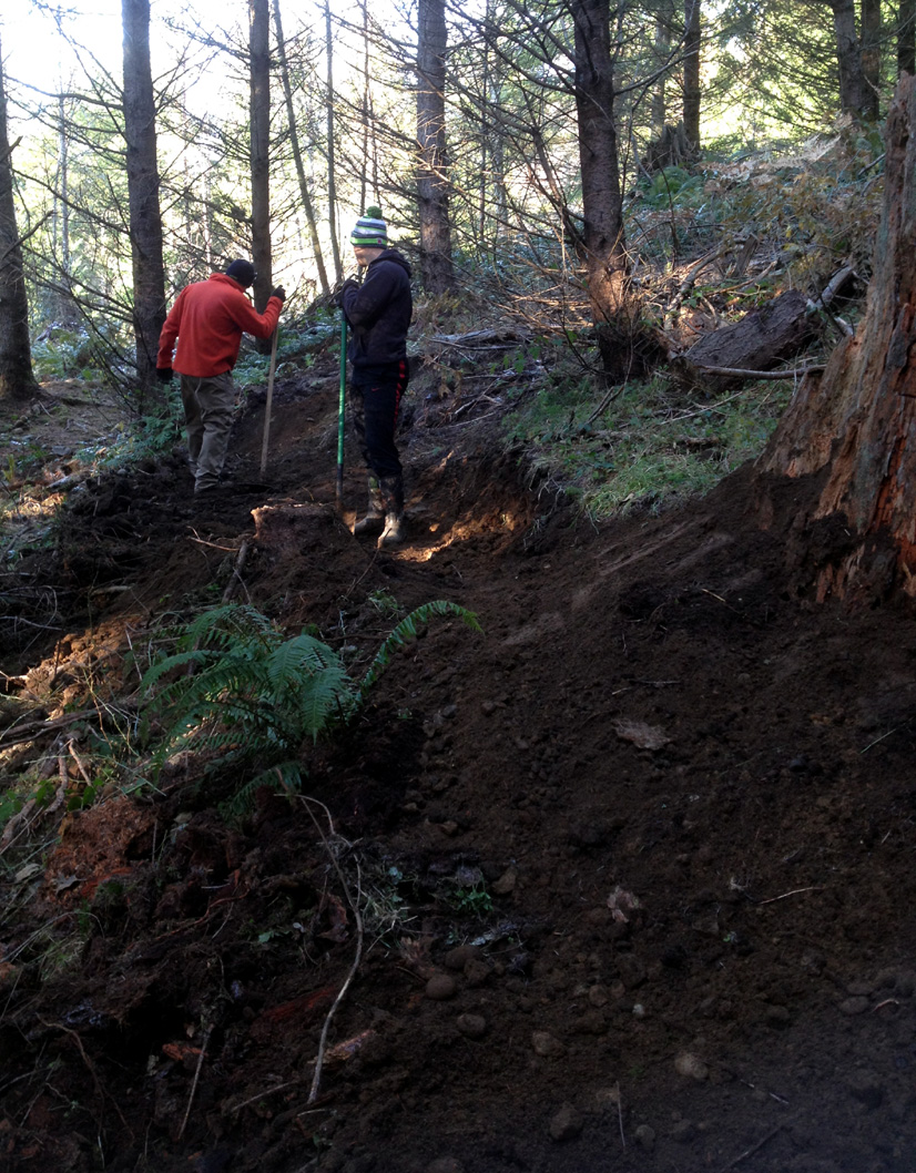 Raf Torres and Jacob Givens cutting in Bypass Trail around Alexis Step-Up.